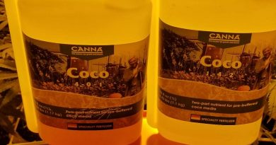 Canna coco A/B is a great choice of nutrients to grow weed in coco coir