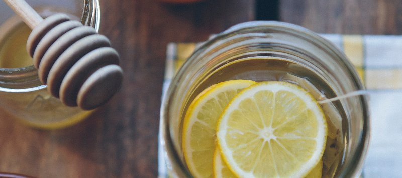 This weed-infused honey bourbon cocktail recipe uses THC-infused honey that contains 20 mg per teaspoon. This recipe makes two 10 mg THC servings.