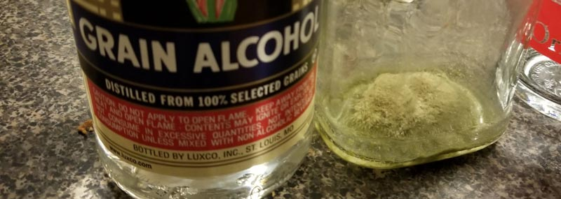 Cannabis tinture made with kief and everclear